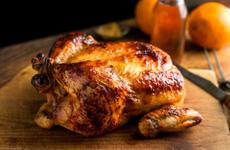Thịt gà không nên ăn quá nhiều trong dịp Tết, đi tìm nguyên nhân