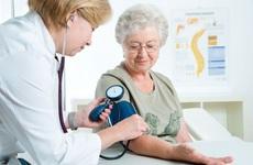 Tại sao người cao tuổi bị cao huyết áp? Cao huyết áp ở người cao tuổi có nguy hiểm không?