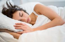 Nên ngủ lúc mấy giờ? Ngủ bao nhiêu tiếng một ngày là đủ?