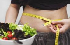 Chuyên gia nói gì về cơn sốt giảm chục cân trong 1 tháng?