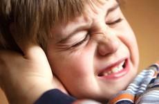 Mẹ có thể trở thành bác sỹ điều trị viêm tai ngoài ở trẻ em tại nhà, sao lại không?