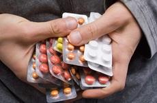 Những điều lưu ý khi uống thuốc chữa gan nhiễm mỡ