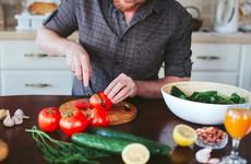 Lưu ý chế độ dinh dưỡng cho người bị ung thư tuyến giáp