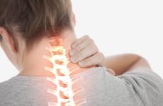 Bị đau vai gáy là dấu hiệu của những bệnh lý nào?