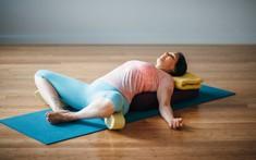 Cải thiện chuyện sinh lý, tăng cường ham muốn bằng 8 tư thế yoga