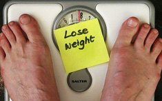 Sụt cân nhanh, đau khi nuốt và những dấu hiệu điển hình của bệnh ung thư thực quản