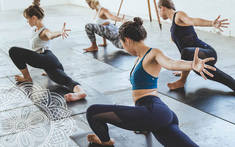 Duy trì những thói quen tốt này giúp tránh xa bệnh thoái hóa cột sống