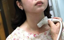 Ung thư tuyến giáp: Ăn gì sau khi uống iod phóng xạ?