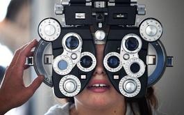 Khi nào cần điều trị cận thị? Điều trị cận thị bằng biện pháp nào?