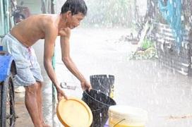 Mùa mưa, nước mưa có phải nguyên nhân khiến bạn bị bệnh?
