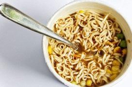 Chuyên gia giải đáp những hiểu lầm thường gặp khiến thực phẩm ăn nhanh gây hại cho sức khỏe con người