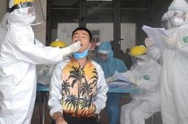 Dịch Covid-19 lây lan trong cộng đồng, cảnh giác với người người bị sốt, ho