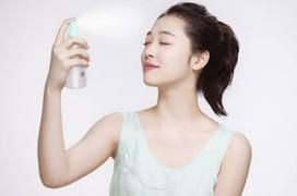 Các cách chăm sóc da mặt mùa hè