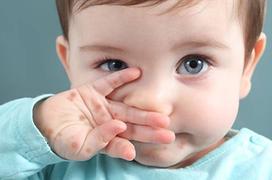 Số ca trẻ nhập viện do biến chứng tay chân miệng tăng, đây là những gì cha mẹ cần biết!