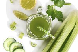 Uống 1 ly nước ép cần tây mỗi ngày, bạn sẽ nhận được những lợi ích sau