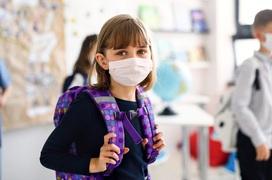 Biến chứng Covid-19 ở trẻ em càng hiếm càng nguy hiểm