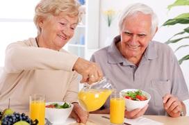 Các loại thực phẩm người cao tuổi nên ăn khi giao mùa hè - thu
