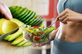 Giảm cân ngày Tết: Chuyên gia nói gì về ăn kiêng và tập thể dục đâu là biện pháp giảm cân nhanh hơn?