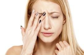 8 thói quen gây hại cho mắt cần loại bỏ ngay