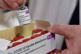 117.600 liều vaccine Covid-19 đầu tiên về Việt Nam
