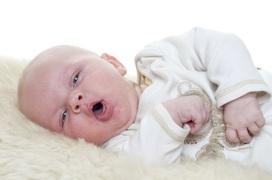 Phụ huynh đã biết những cách chữa ho cho trẻ sơ sinh 1 tháng tuổi này chưa?