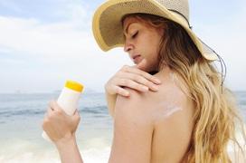 Kem chống nắng vật lý và 4 điều cần biết trước khi sử dụng