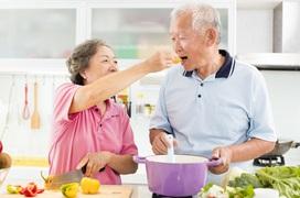 Lợi ích của việc ăn chay đối với người cao tuổi trong mùa dịch Covid-19