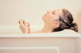 Hướng dẫn tắm nước nóng đúng cách vào mùa lạnh