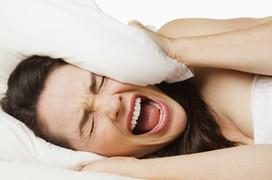 Dấu hiệu viêm tai giữa ở người lớn rất dễ nhận biết