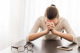 Giải đáp thắc mắc: Bệnh trầm cảm nên ăn gì?