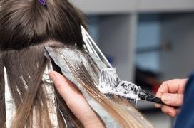 Giải đáp thắc mắc: Nhuộm tóc cho bà bầu có an toàn không?