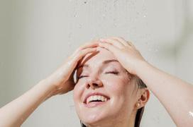 Hướng dẫn các cách phòng tránh viêm nang lông vào mùa hè