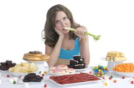 Bà bầu bị trầm cảm do thói quen ăn uống vô độ