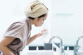 Thực hư chuyện nước súc miệng gây ung thư miệng