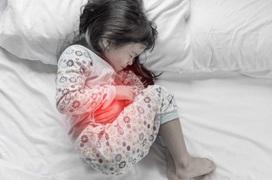 Từ vụ bà lây vi khuẩn HP cho cháu do mớm cơm, nhận biết dấu hiệu nhiễm vi khuẩn HP dạ dày