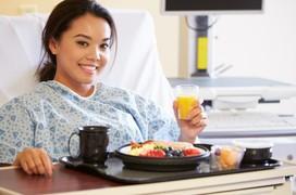 Biến chứng sau mổ và cách chăm sóc bệnh nhân sau phẫu thuật dạ dày