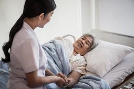 Làm cách nào để cảm thấy tốt hơn trong khi đang điều trị ung thư cổ tử cung?