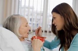 [Dành cho người nhà] Lưu ý khi chăm sóc bệnh nhân mắc ung thư phổi