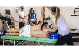 Kỹ thuật vật lý trị liệu hỗ trợ giảm đau trong chữa thoát vị đĩa đệm