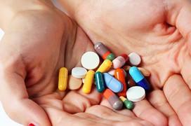 Những loại thuốc nào được dùng cho điều trị thoát vị đĩa đệm?