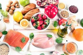 Người già ăn nên ăn uống như thế nào để duy trì sức khỏe, kéo dài tuổi thọ?