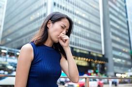 Gặp 6 dấu hiệu này, cần đi khám phổi càng sớm càng tốt