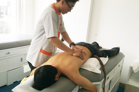 Tổng quan về vật lý trị liệu điều trị cong vẹo cột sống