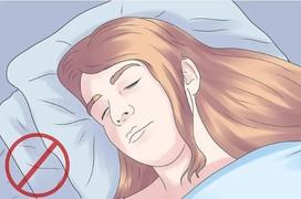Lựa chọn gối đúng cách để phòng tránh cong vẹo cột sống và đau cổ khi ngủ dậy