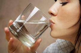 Cơ thể thiếu nước là nguyên nhân gây ra các bệnh lý nguy hiểm này