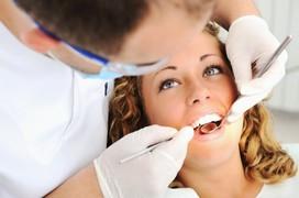 Những điều cần biết khi chăm sóc răng miệng cho bệnh nhân ung thư thực quản