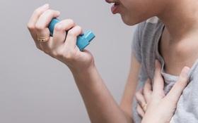 Đau ngực, khó thở có phải là dấu hiệu cảm cúm nghiêm trọng hay không?