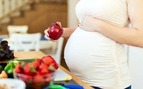 Điểm danh những thực phẩm bà bầu không nên ăn khi giao mùa hè thu