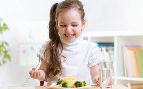 Mùa mưa nên cho trẻ ăn gì giúp trẻ tăng cường sức đề kháng?