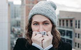 Tại sao dễ ốm khi trời lạnh? Mối liên hệ giữa thời tiết lạnh và nguy cơ bị ốm